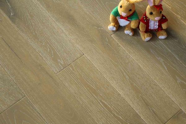 橡木-HD201